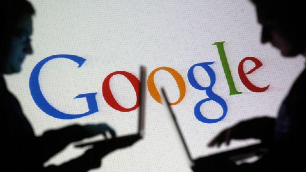 La evolución de Google.El buscador repliega la ventana de búsqueda y lanza el mensaje: «Hablas en nuestro lenguaje. ¿Te hace un reto?»