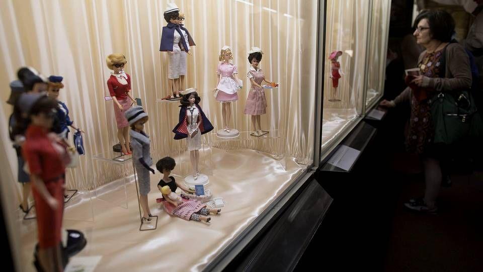 Una exposición de Barbies en París