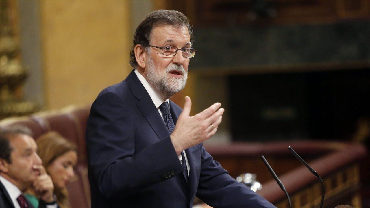 Rajoy retaa la oposición a que presente una moción de censura contra él.Roberto L. Blanco, Xavier Arbós, Eduardo Vírgala y Joaquín Varela