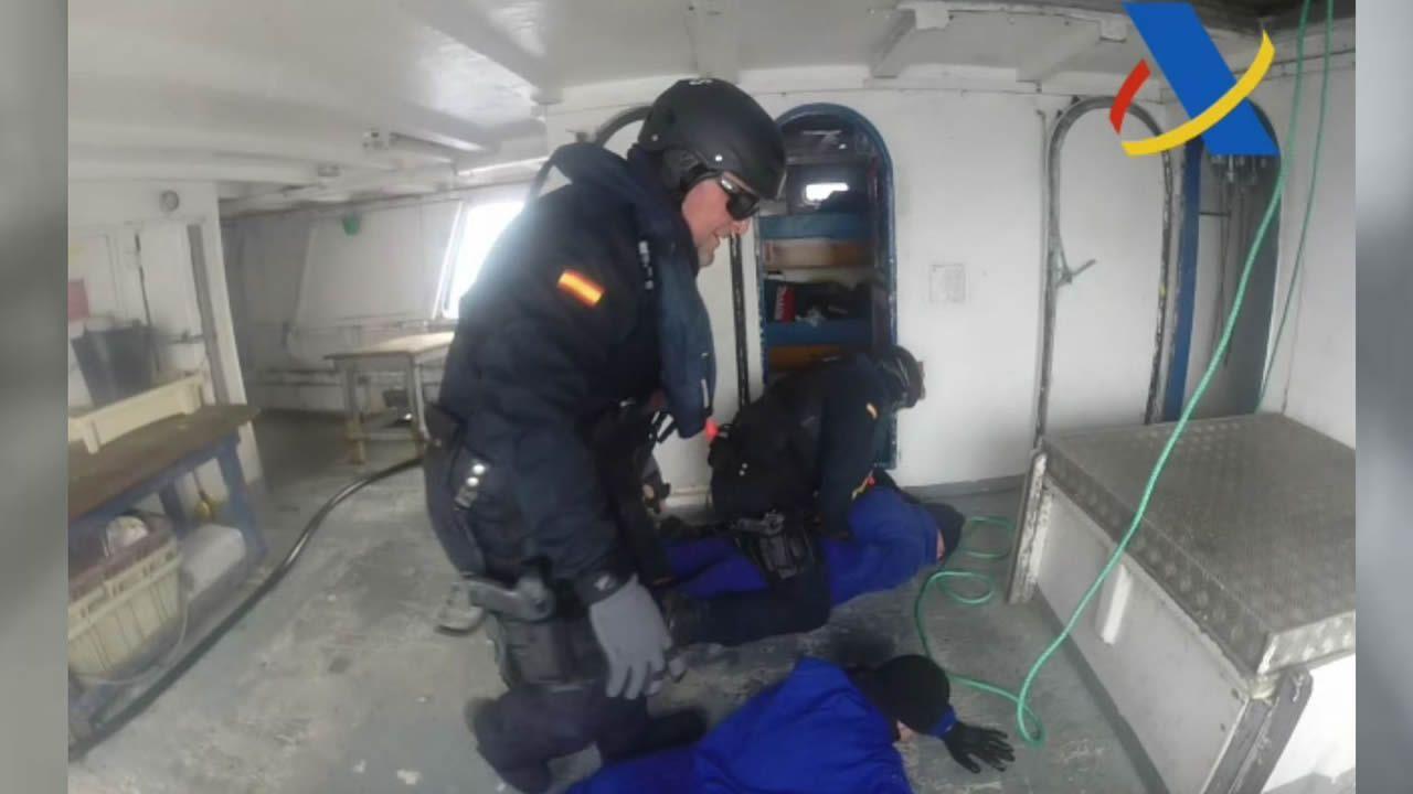 «Hay pez espada, no hay droga»: así fue el abordaje del «Gure Leire» en alta mar