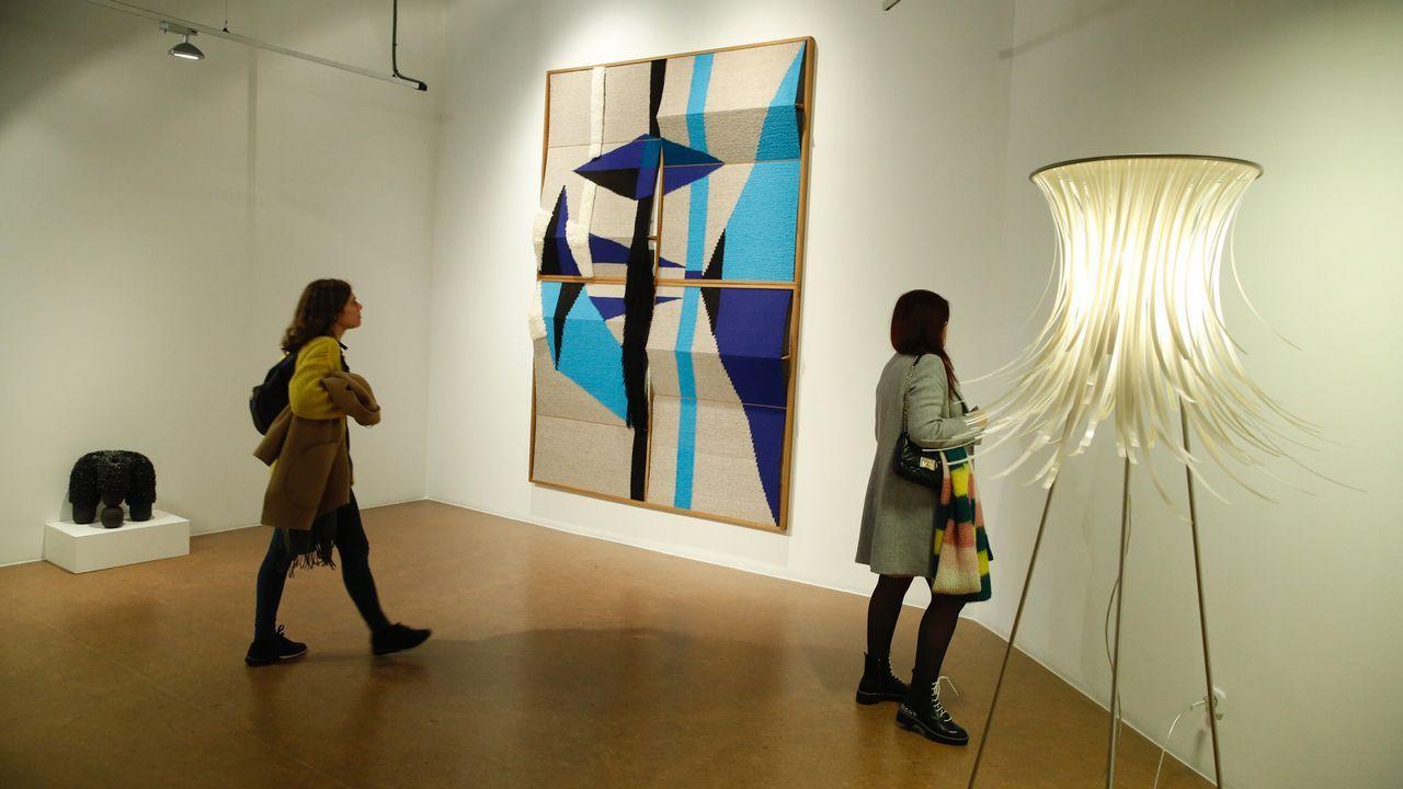 La muestra en el Auditorio de Galicia reúne trabajos de más de un centenar de diseñadores