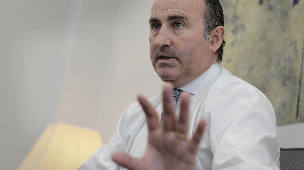 La cumbre del Eo.El consejero delegado de Caixabank, Gonzalo Gortázar