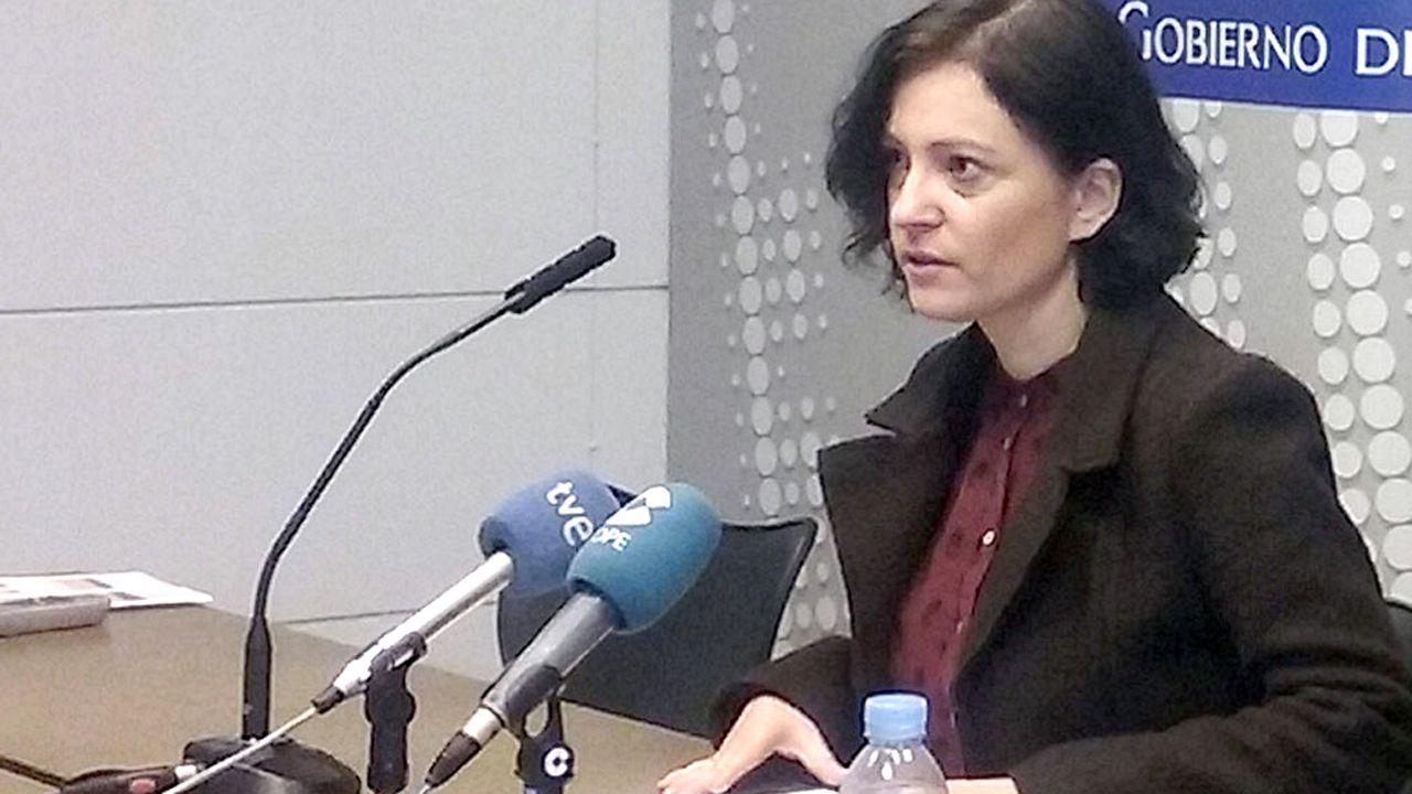 Las imágenes de las concentraciones en Galicia contra La Manada.La directora del Instituto Asturiano de la Mujer, Almudena Cueto