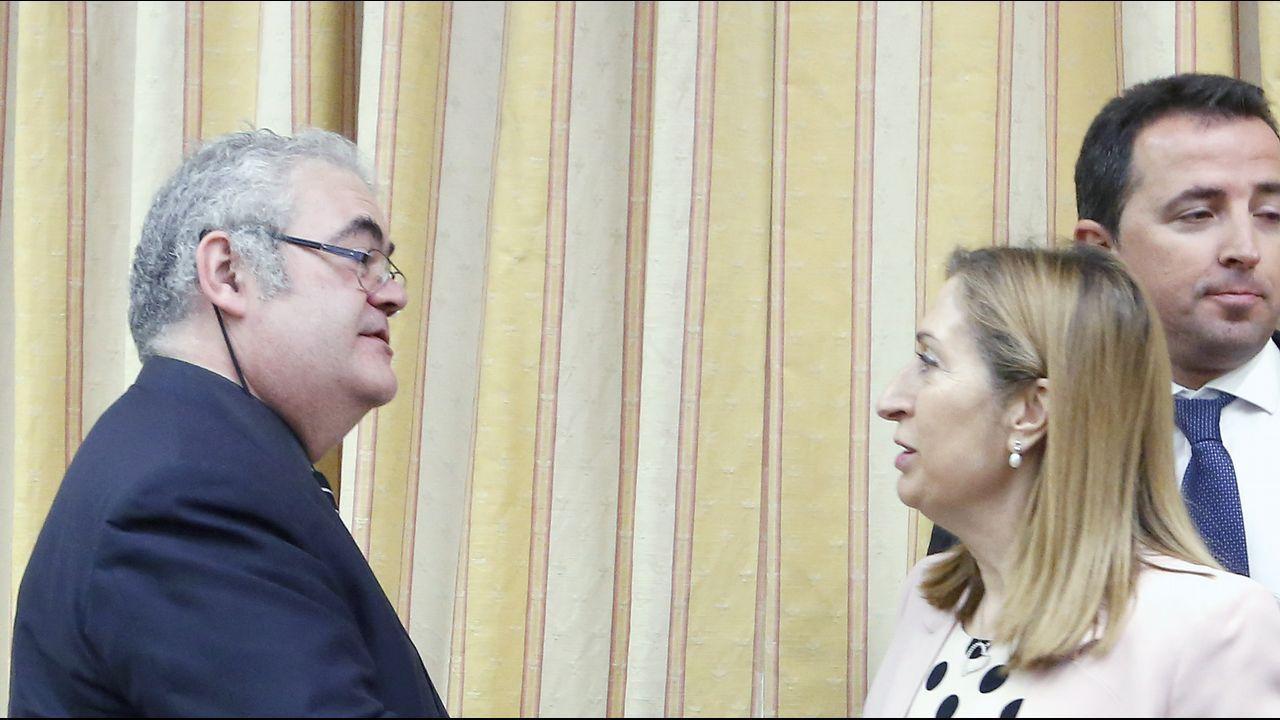 Guillaumes y Pastor, en el acto de constitución de la comisión de investigación