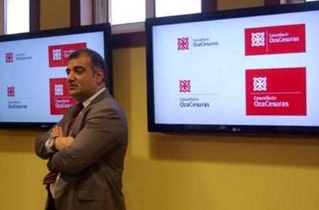González Cacheiro presentó el logotipo del nuevo municipio