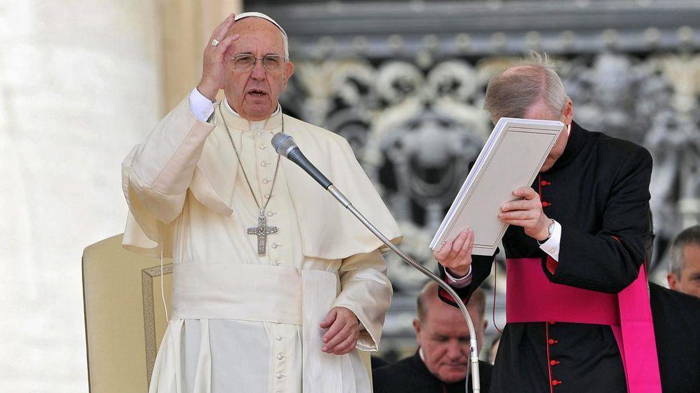 Locura en Polonia por el papa Francisco.El célebre cirujano plástico brasileño Ivo Pitanguy