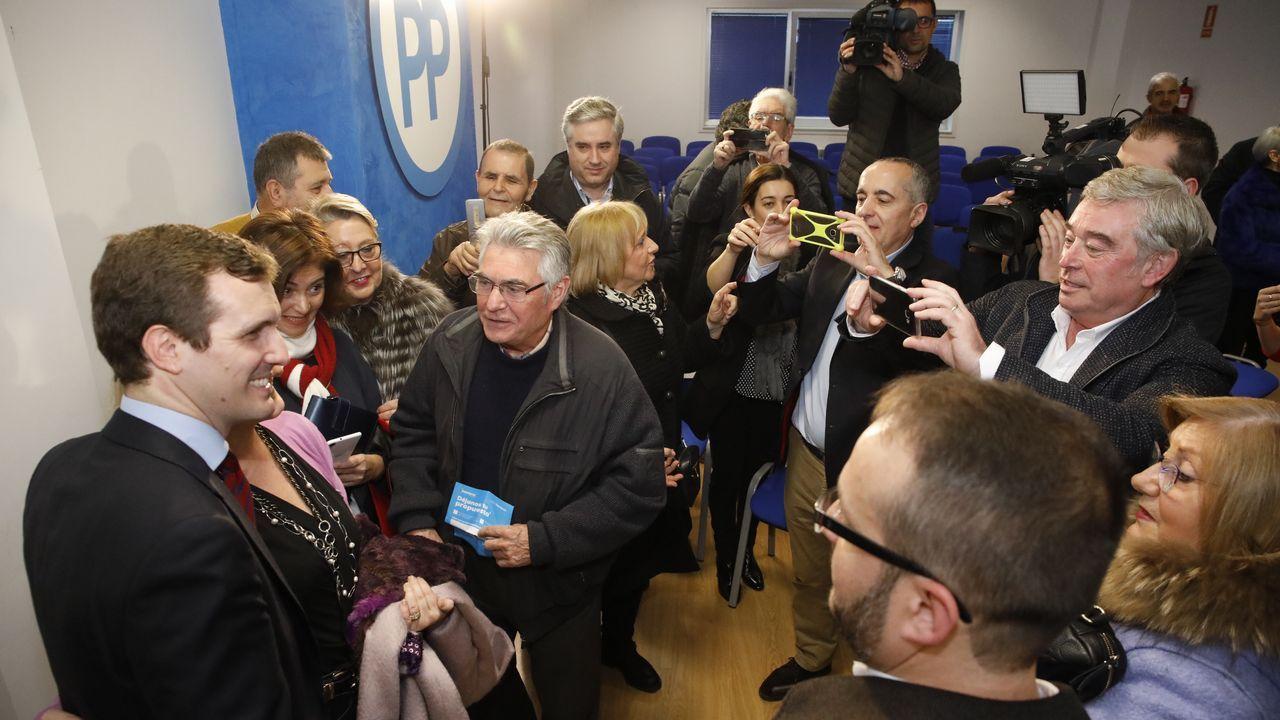 Concentración de los autónomos ourensanos.La jefa de la CDU, que supone un giro a la derecha con respecto a Merkel, rechaza categóricamente la idea de Macron de introducir un salario mínimo común en la UE