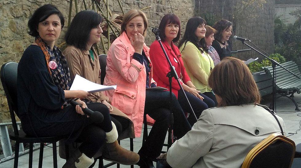 Micaela Navarro, con la alcaldesa de Avilés, Mariví Monteserín, y otras destacadas socialistas.Micaela Navarro, con la alcaldesa de Avilés, Mariví Monteserín, y otras destacadas socialistas