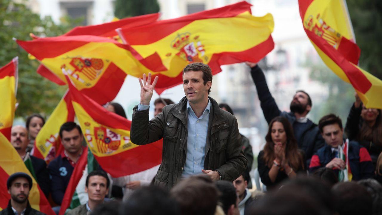 Albert Rivera yFrancisco Vázquez, juntos en A Coruña.Imágenes de la reunión de Podemos Asturias y el Gobierno regional durante la negociación de los Presupuestos de 2019