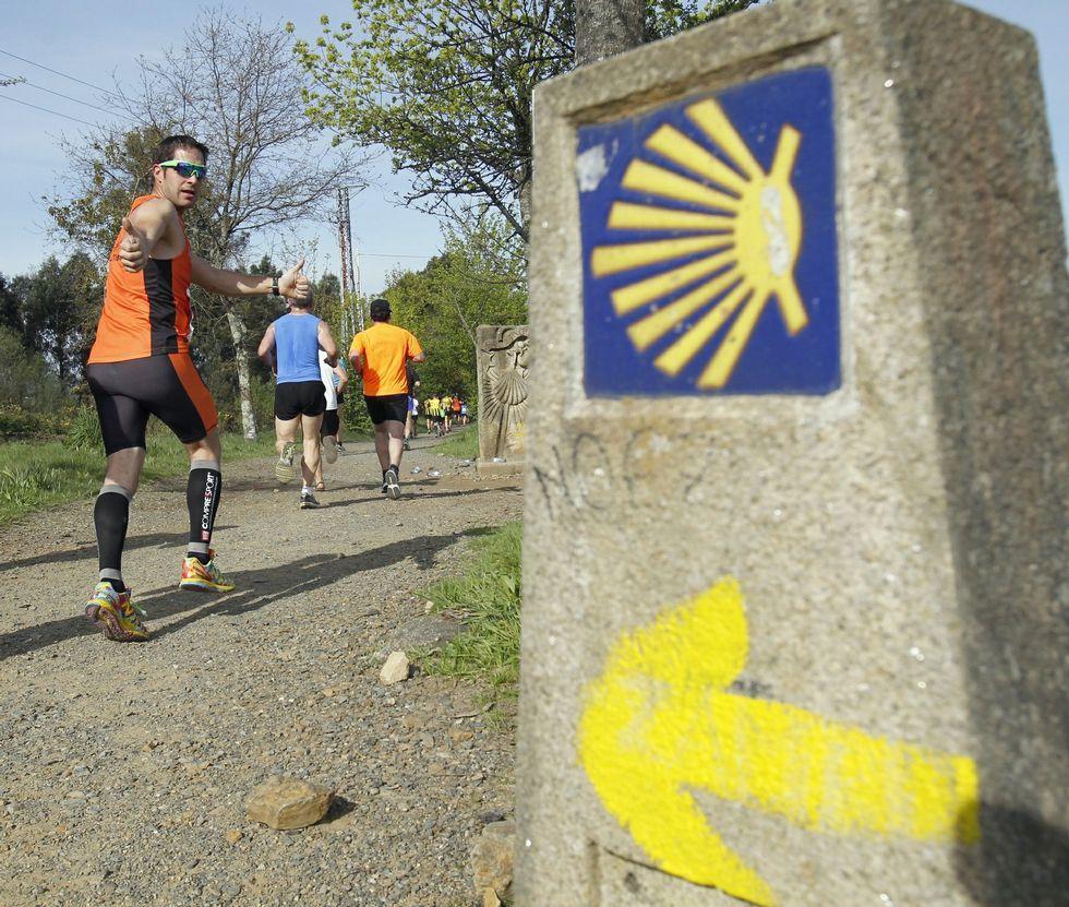 Los deportistas completarán los últimos veintiún kilómetros del Camiño de Santiago.