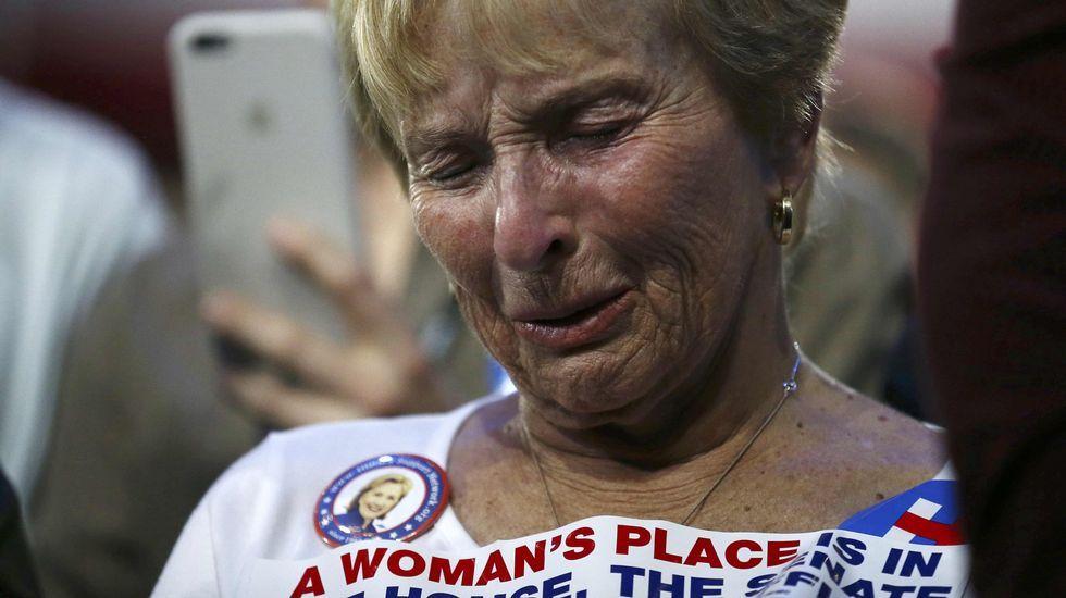 Lágrimas de una seguidora demócrata