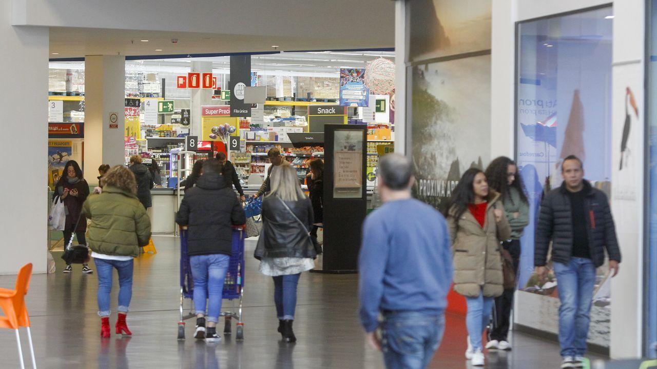 Preba de la sidra en Oviedo.Preba de la sidra en Oviedo