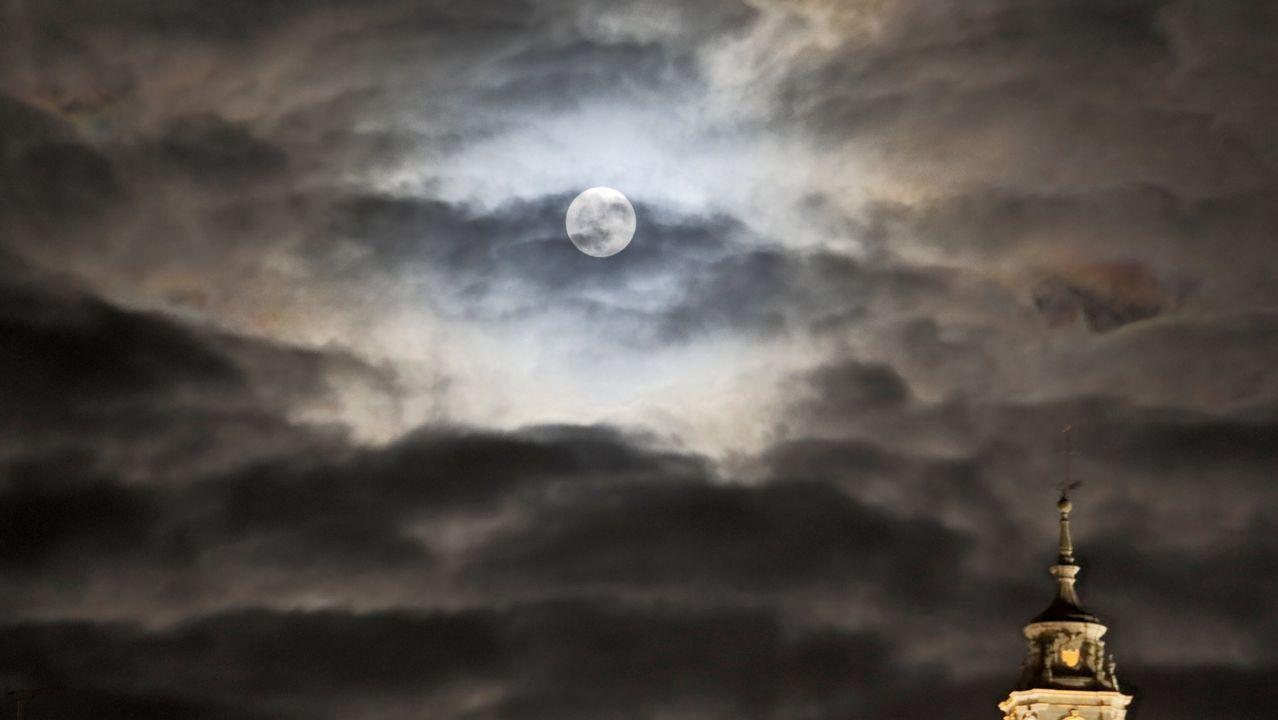 La Luna produce terremotos en la Tierra