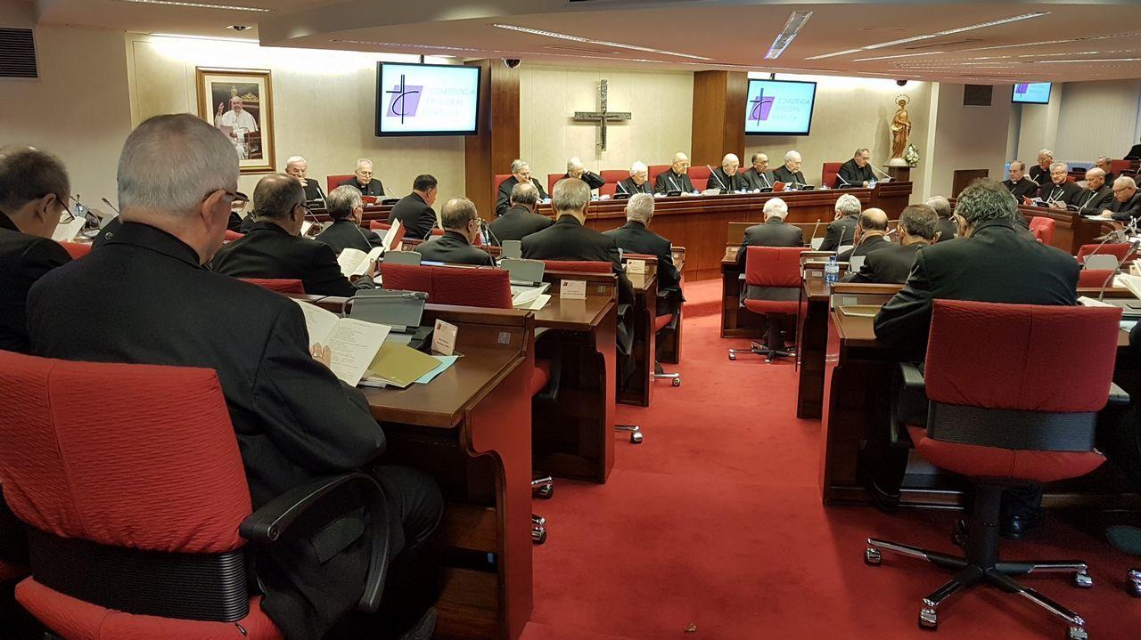 Los obispos reconocen los abusos sexuales cometidos en el seno de la Iglesia