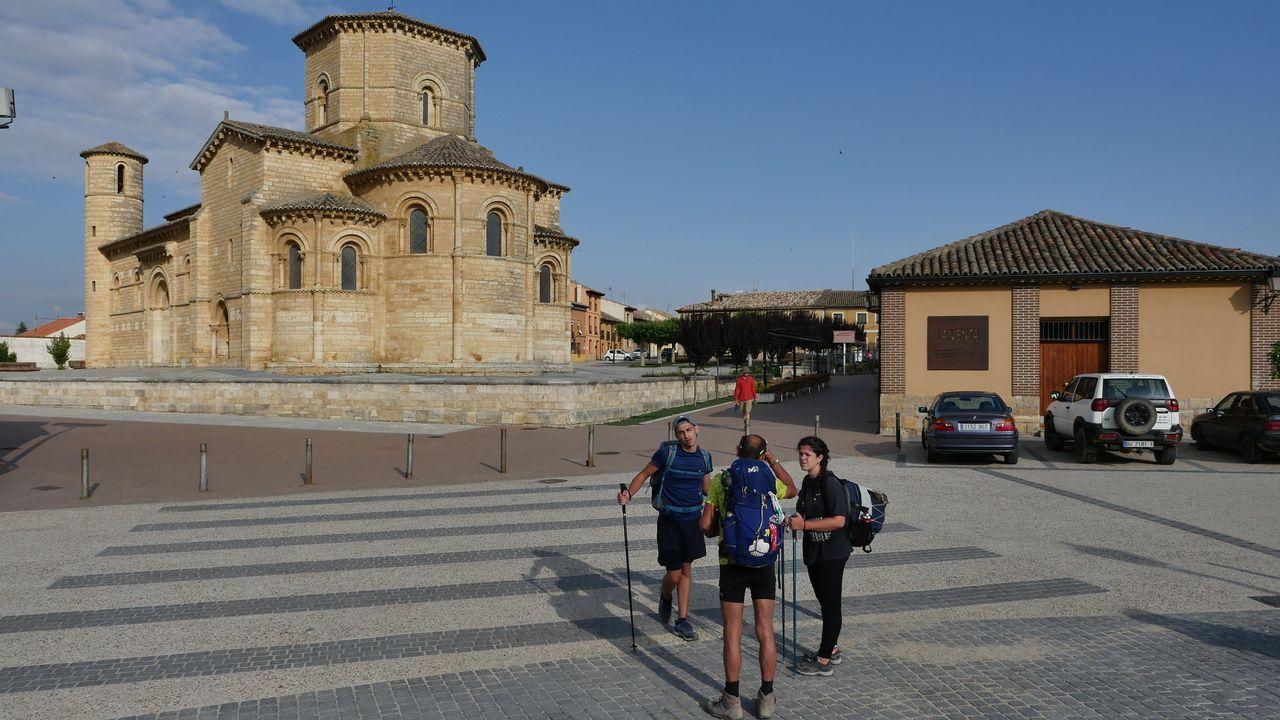 Ancha es la Castilla peregrina.Salida de la etapa 8: Frómista-Terradillos de los Templarios