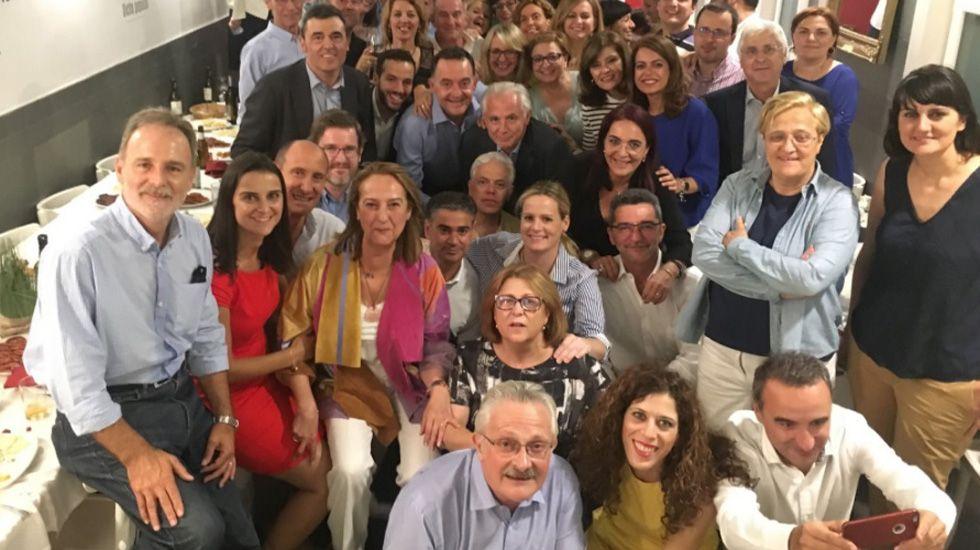 El presidente del Principado, Javier Fernández, atiende a los medios de comunicación.Antonio Trevín