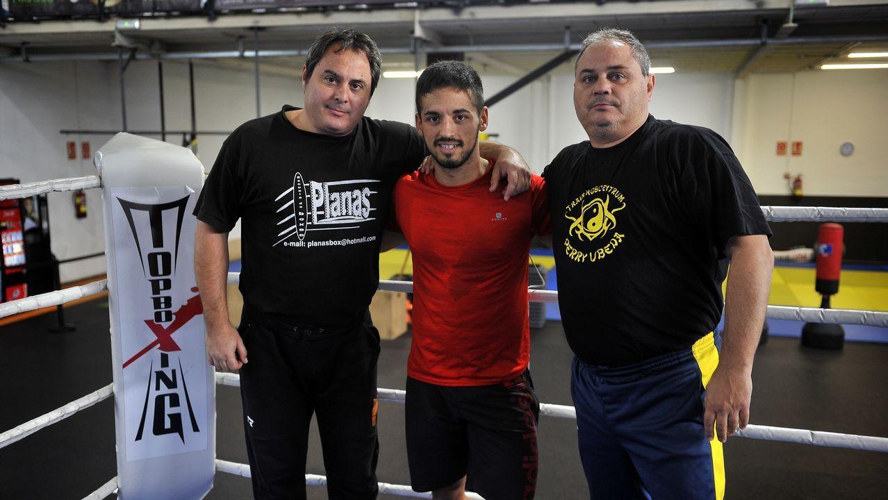 Chano Planas, Juan Carlos Bas y Manolo Planas, en el gimnasio al que acudía el malogrado Pablo