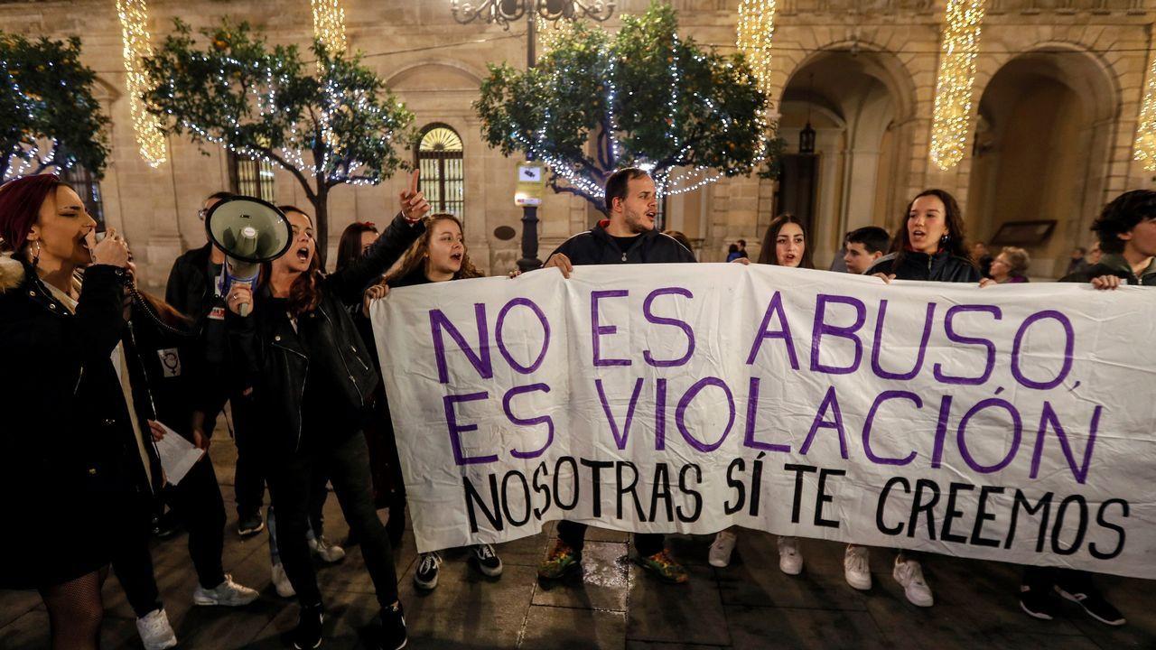 Abusos no, agresiones.Los integrantes de la Manada, condenados por abusos sexuales a nueve años de cárcel