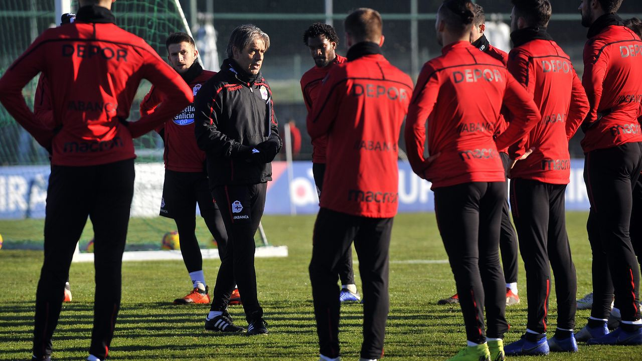 Mallorca - Deportivo en imágenes.Gerard Valentín entrenando con el Deportivo
