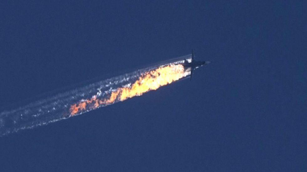 Turquía derriba un avión militar ruso.