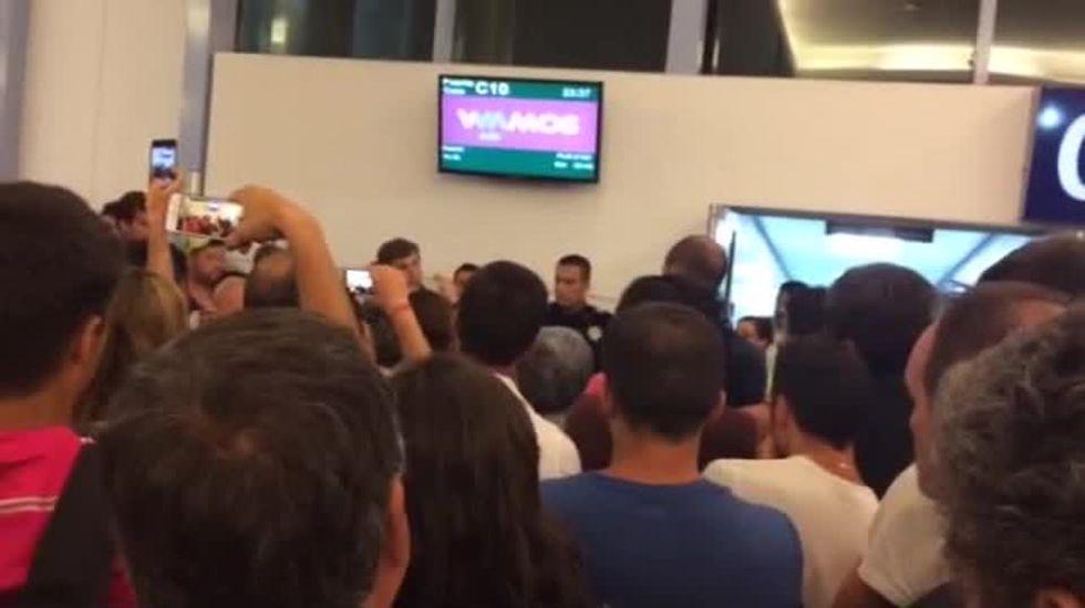 Caos en el aeropuerto de Cancún