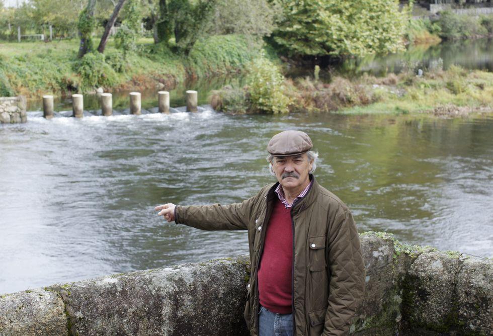 Juan Manuel Rey remarca la mala la situación del Umia en Caldas, que califica de desastrosa.