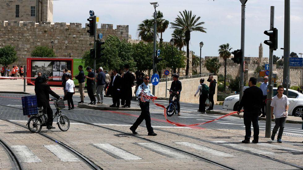 Protestas contra los controles de Israel en la Explanada de las Mezquitas.El vicecanciller alemán, Sigmar Gabriel