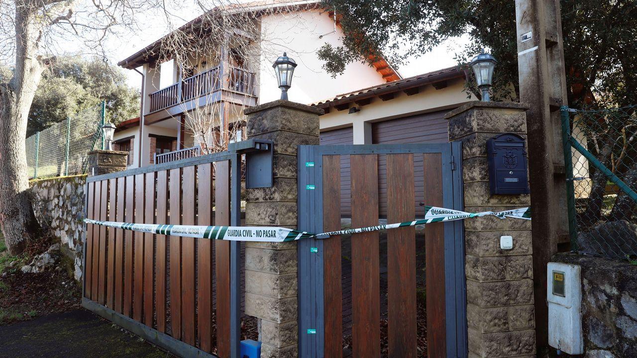 | EFE.Vista de la vivienda del concejal asesinado el pasado mes de agosto Javier Ardines.