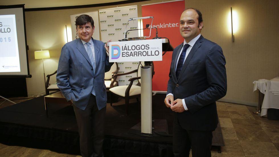 El PSOE muestra «la trituradora del PP».Pimentel y Díez defendieron la regeneración política.