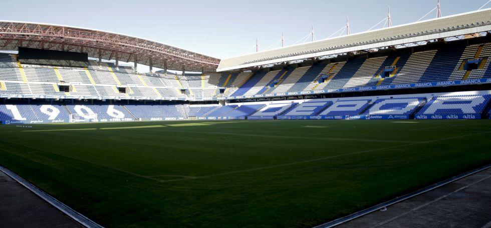 Imagen panorámica del estadio de Riazor tras las mejoras realizadas.