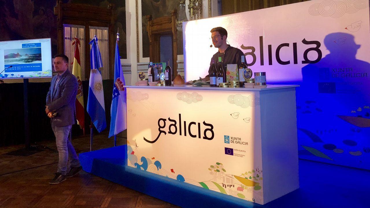 Jorge Gago seduce a Buenos Aires y Montevideo con los sabores de Santiago.Botellas de sidra