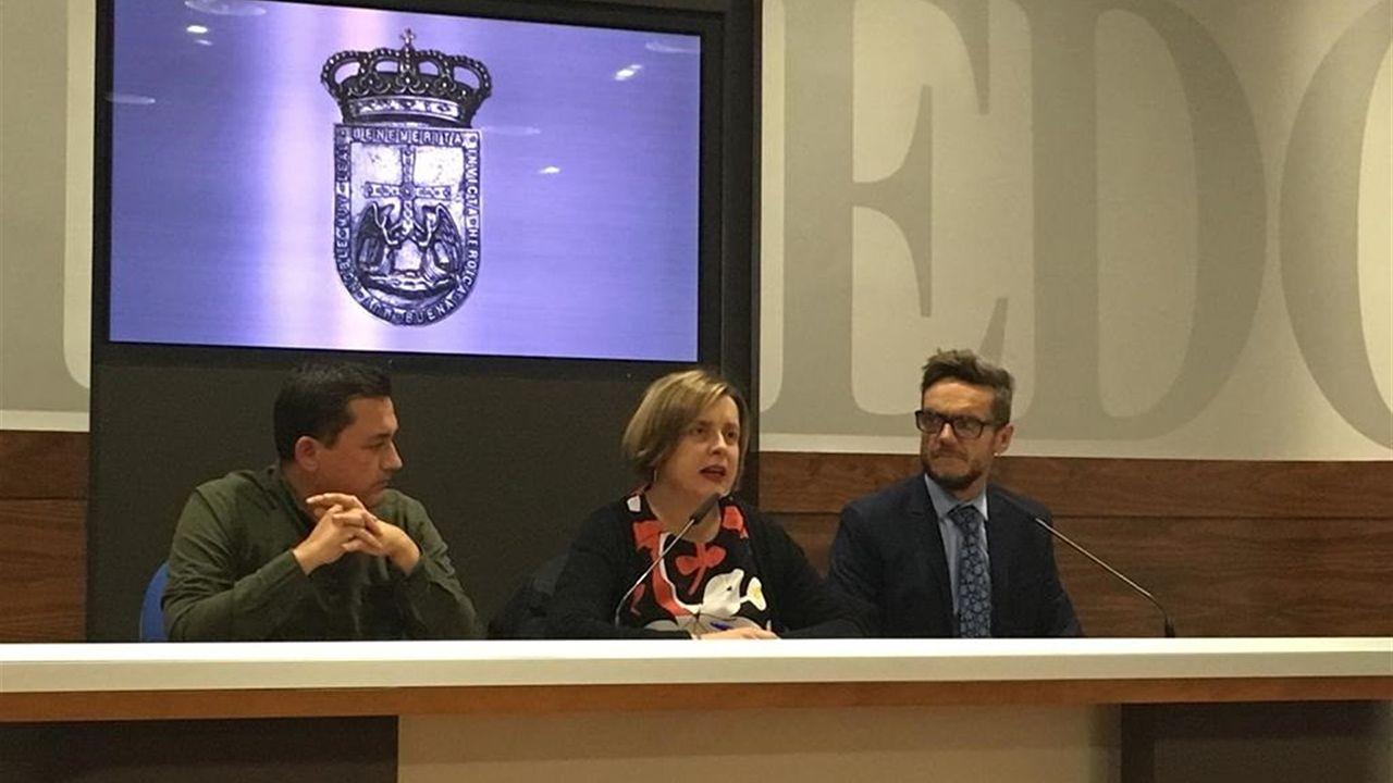 La consejera de Servicios y Derechos Sociales, Pilar Varela.Fernando Villacampa, Ana Taboada y Javier Calzadilla