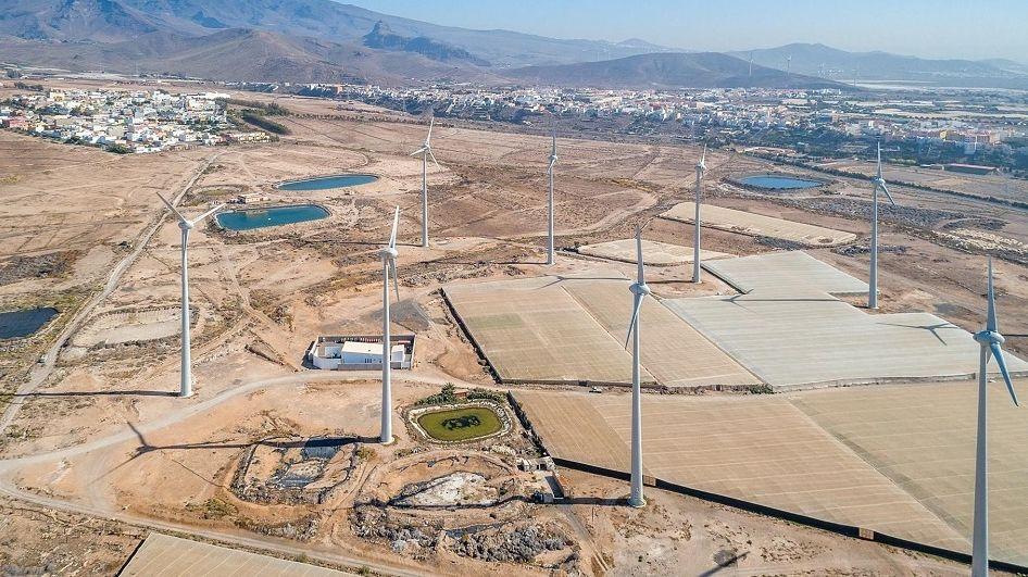 Parque eólico de Los Llanos de La Aldea, en San Bartolomé de Tirajana (Gran Canaria), de Ecoener