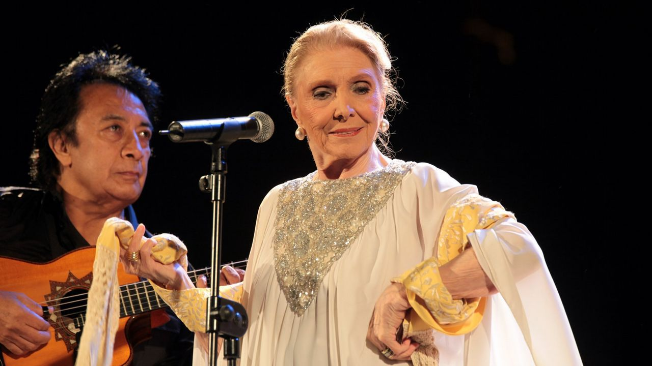 Maria Dolores Pradera en Cee en el 2010