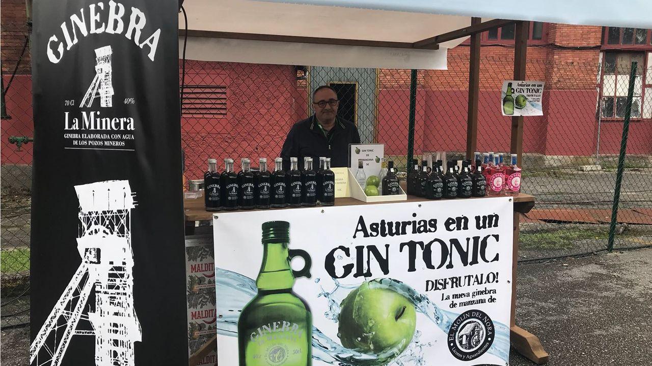 Productos gastronómicos con verdadero sabor a mina.José Luis Alperi junto a Adrián Barbón