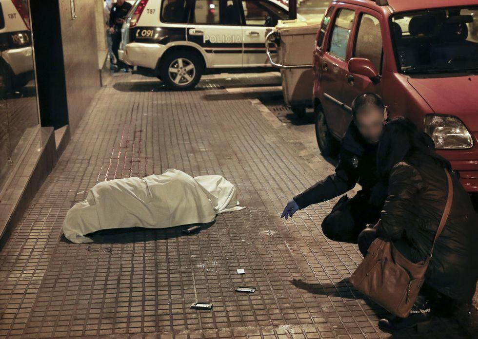 El hombre se arrojó desde un cuarto piso de la avenida de los Caídos.
