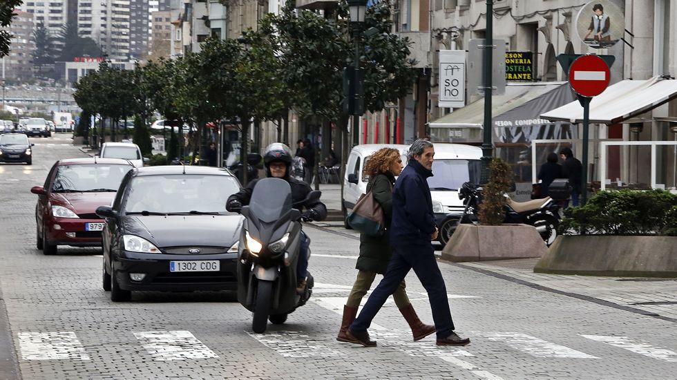 El tráfico en las ciudades (coches).