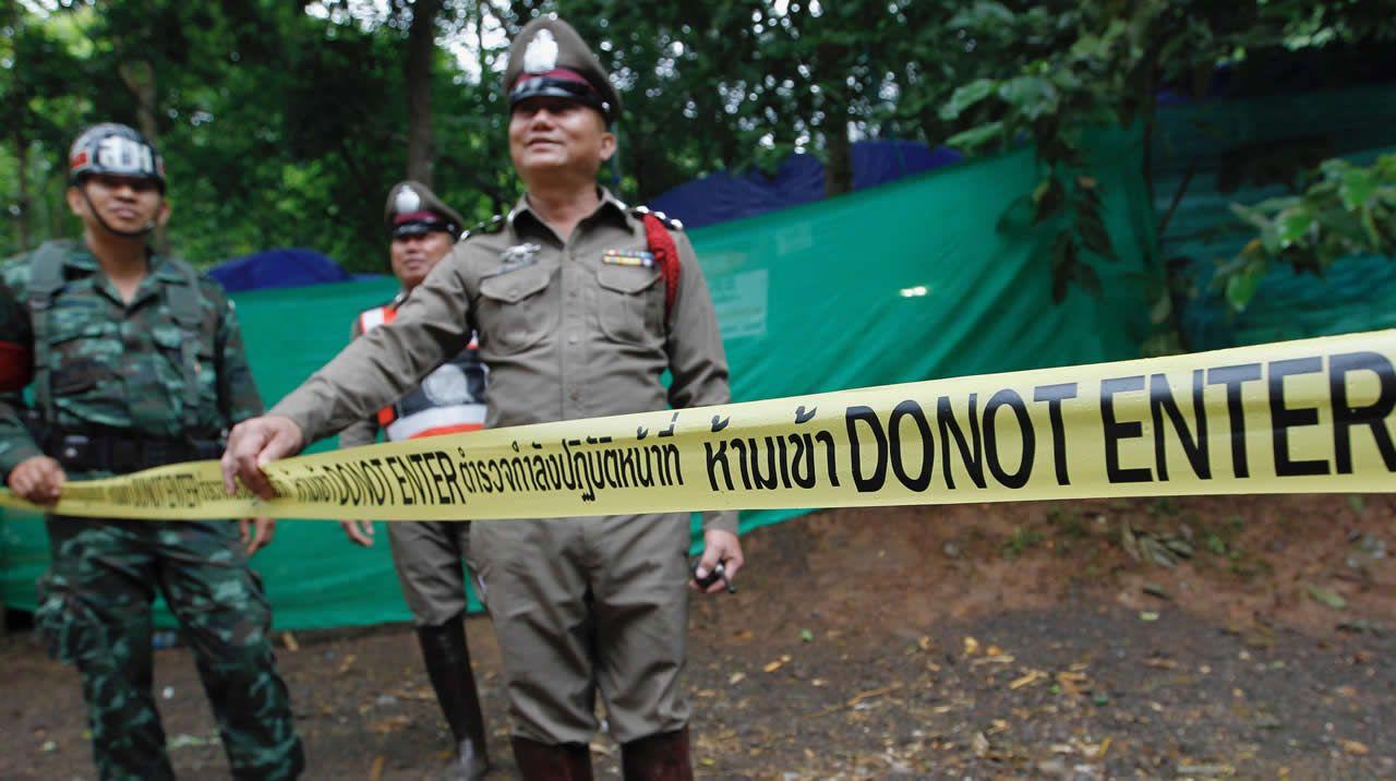 Rescatan a los primeros niños en Tailandia