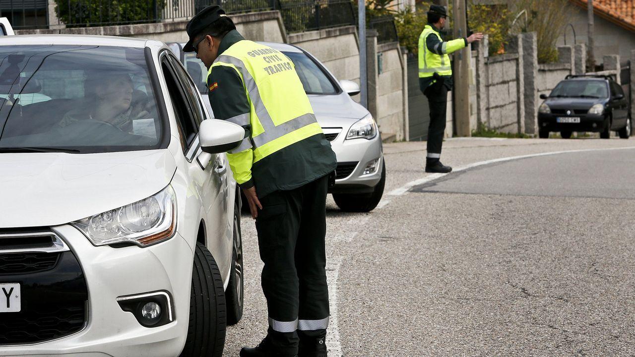Ocho mil conductores fueron detectados en Galicia usando el móvil