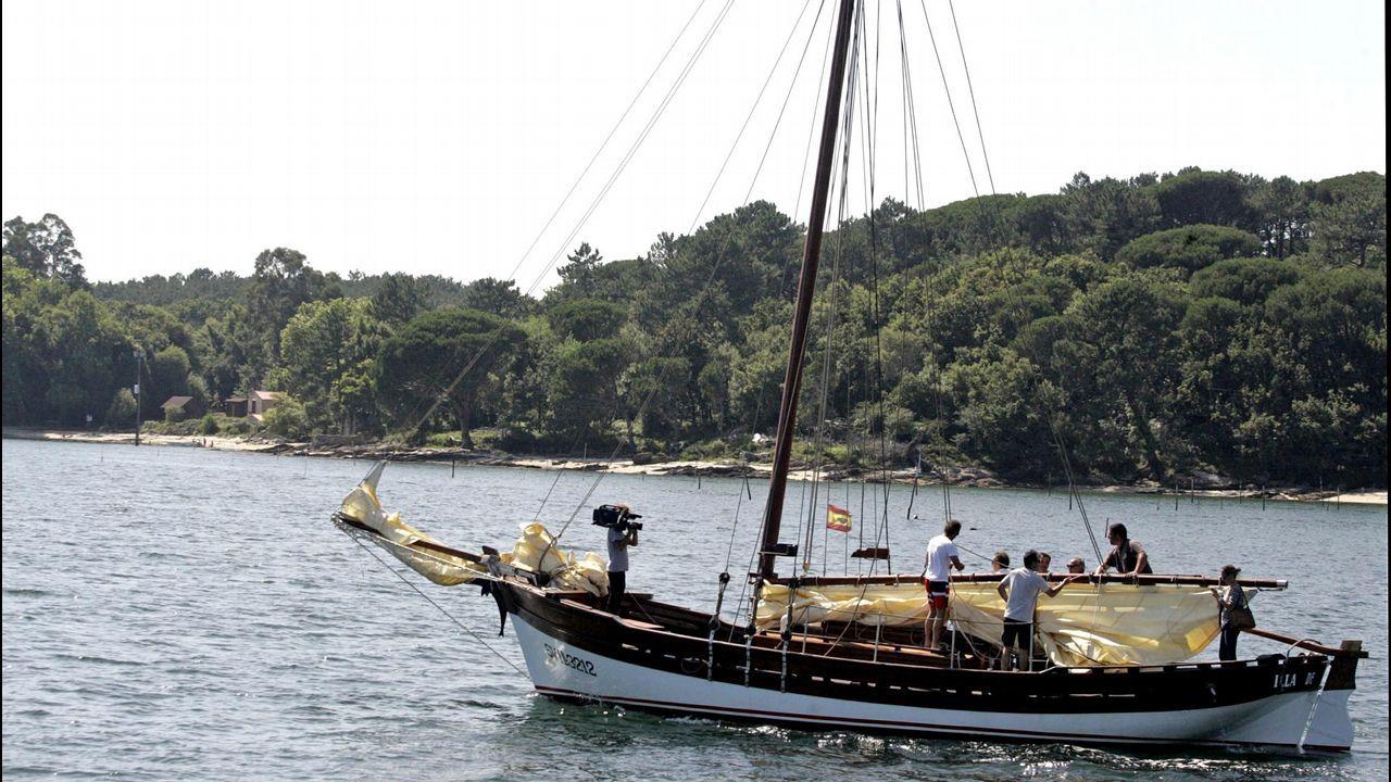 Volta a Illa de Arousa en dorna