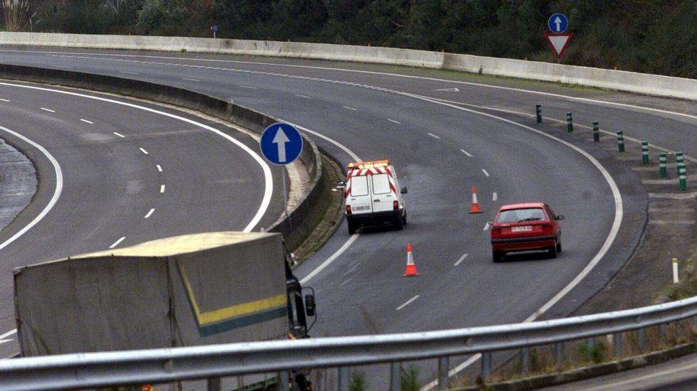 La cofradía alerta de accidentes por el deterioro del paso de la autovía.Primera fase de las obras del Palais