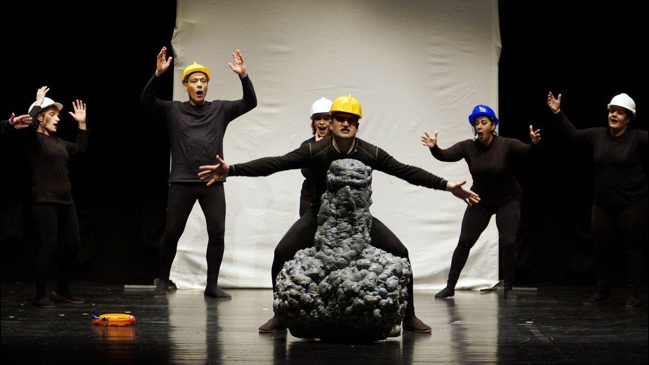 Tiruleque Teatro es una de las compañías finalistas en la Mostra do Teatro Afeccionado de Zas.