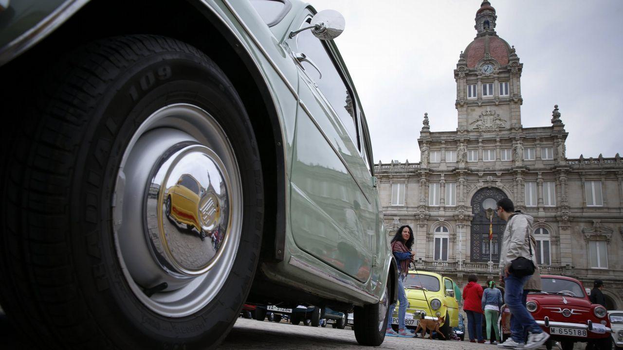 Concentración de SEAT 600 en A Coruña en el 2016.