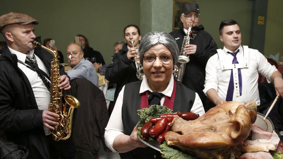 El 42 % de la población del municipio de Cerdedo supera una edad media de 65 años.