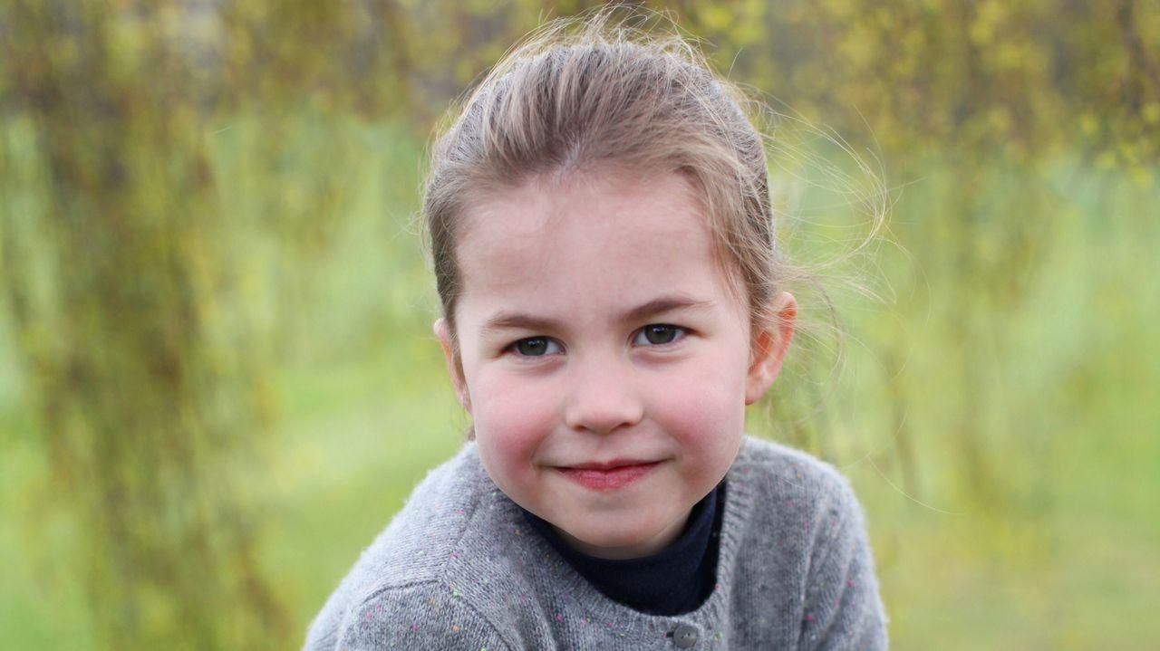 Así es Charlotte, la hija de Guillermo y Kate Middleton