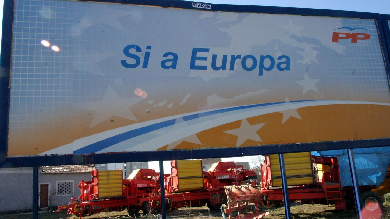 Ni tiempo seco ni calor a la vista.La resolución de la UE tiene su origen en la denuncia presentada por el rumano Adrian Coman (en la imagen) y su esposo, el estadounidense Claibourn Hamilton