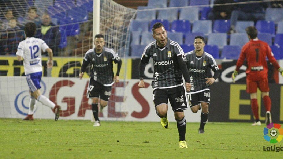 Rocha Real Oviedo Requexon.Varela celebra su gol frente al Zaragoza