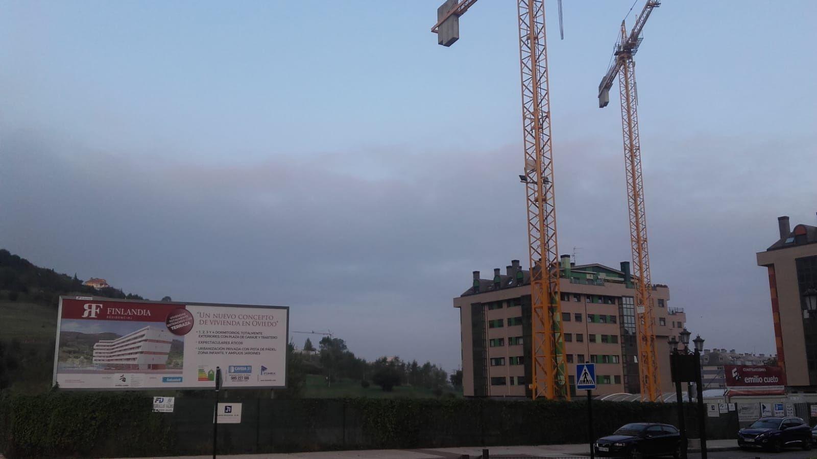 Oficina de empleo.Construcción de viviendas en Oviedo