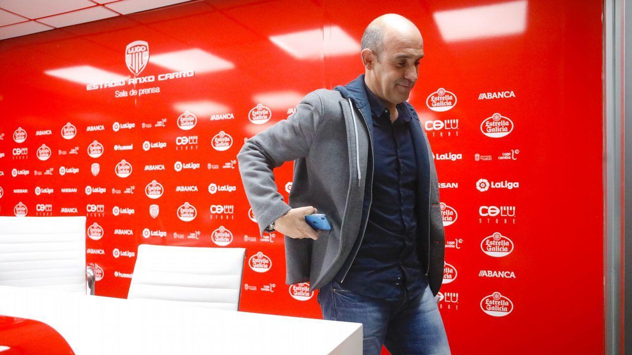 Toche Real Oviedo Malaga Carlos Tartiere.Anquela en las instalaciones Tensi