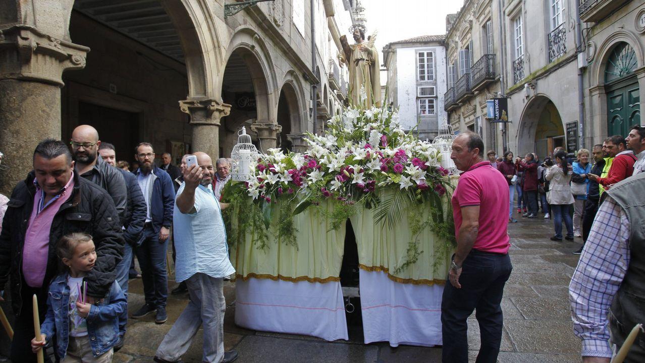 Imagen de archivo de peregrinos en el Obradoiro